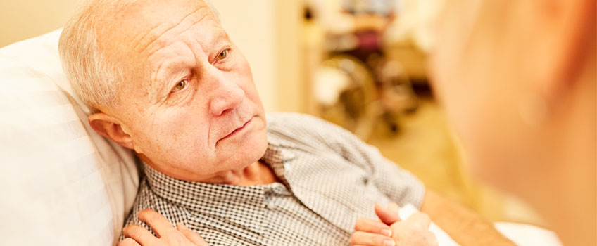 5 Signs Your Loved One Might be the Victim of Nursing Home Neglect